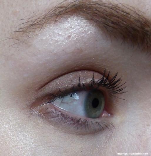 Revlon-Dramatic-Definition-Mascara