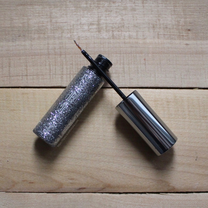 Urban Decay Heavy Metal Glitter Eyeliner Glamrock - Holiday Party Essentials