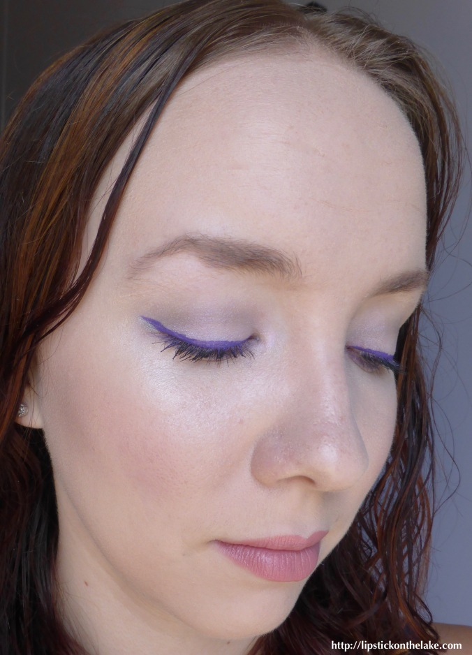 NYX-Vivid-Brights-Vivid-Violet-Graphic-Eye-1