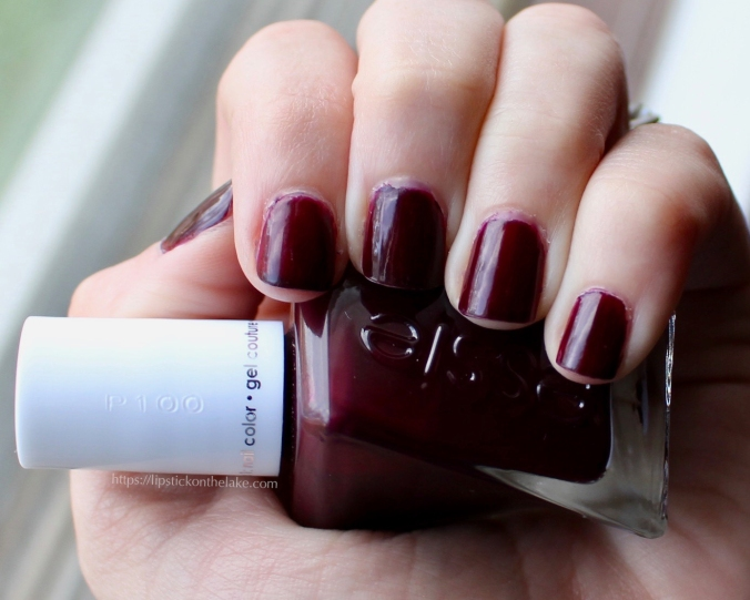 Essie Gel Couture Model Clicks