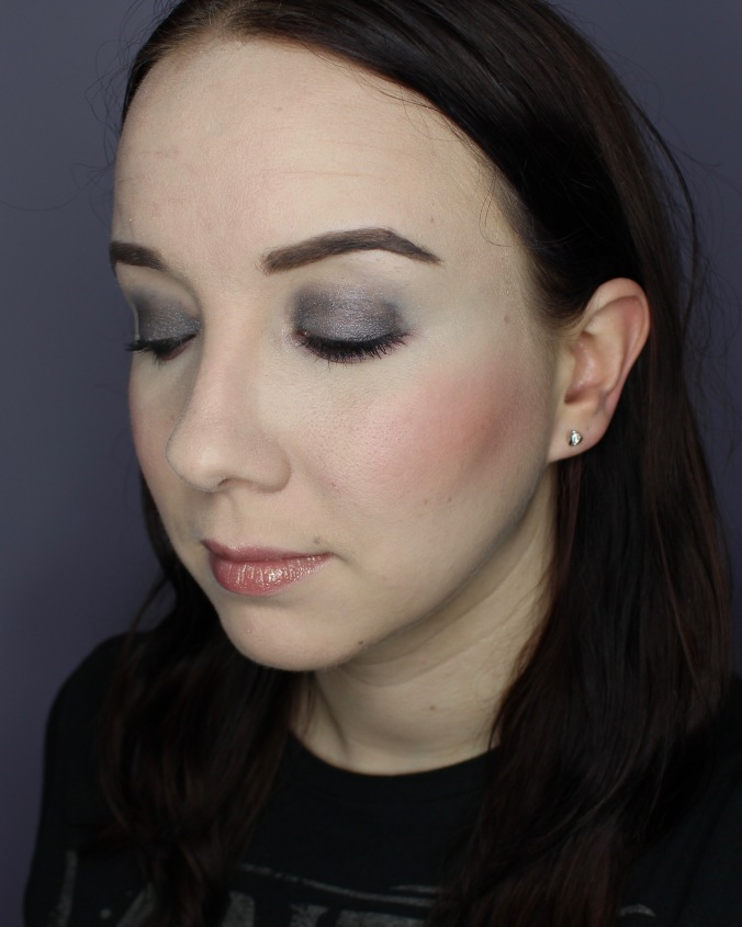 Almay Makeup Look