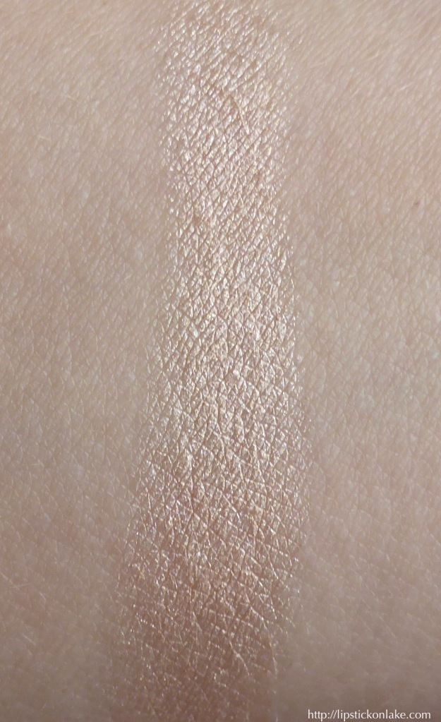 trestique-mini-highlight-stick-maldives-luminescent-swatch