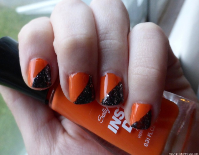 Simple Halloween Manicure