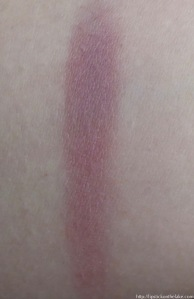 urban-decay-afterglow-blush-rapture-swatch