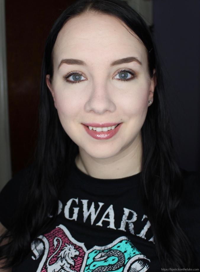 BeneFaves Vox Box Makeup Look