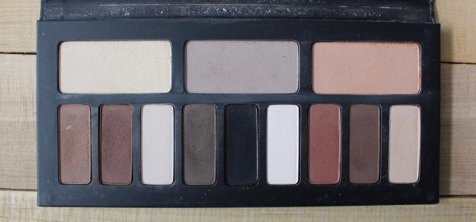 Kat Von D Shade + Light Eyeshadow Palette