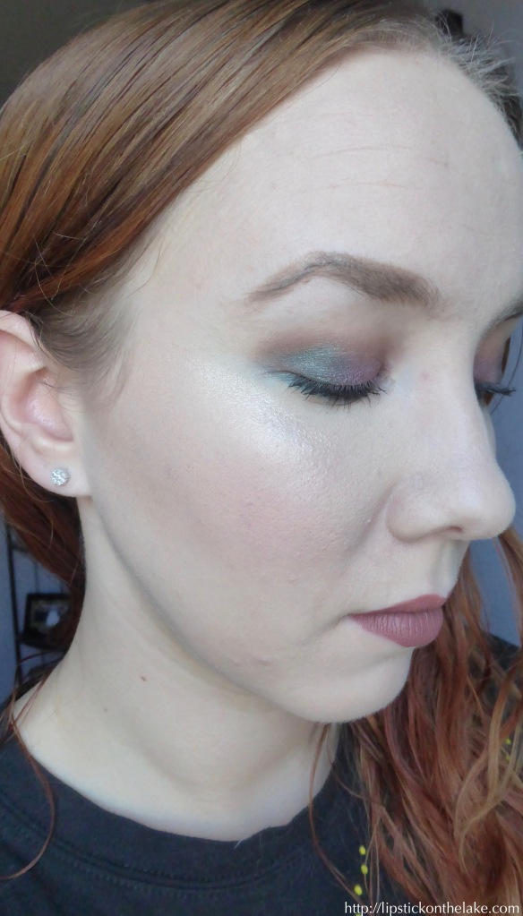 coastal-scents-glamour-eyes-jewel-toned-look-side-view