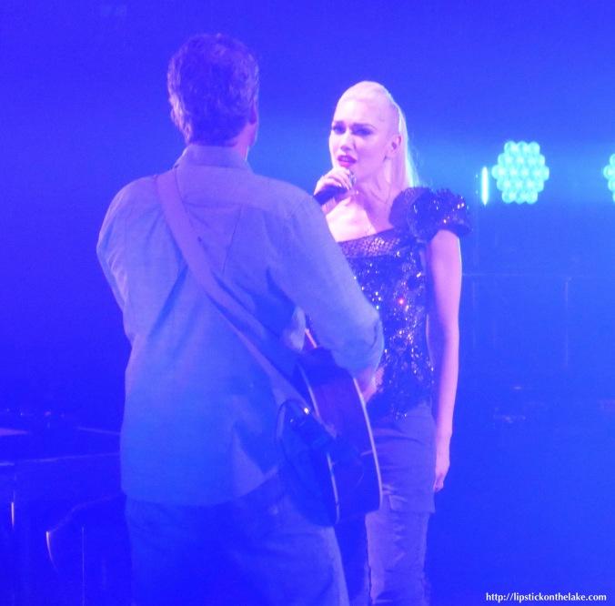 Gwen-Stefani-Blake-Shelton-Xcel-Energy-Centre-2016