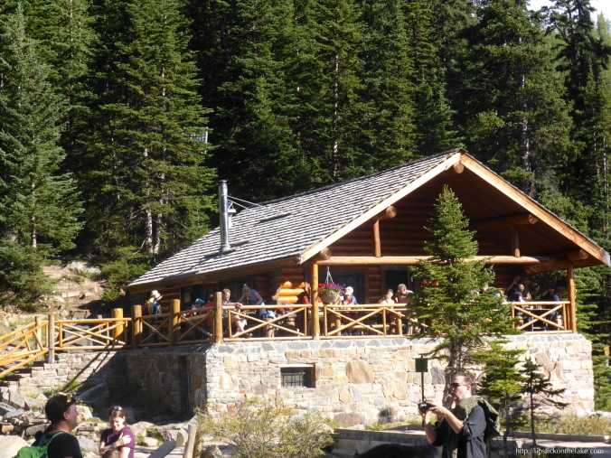 Banff-Lake-Agnes-Tea-House