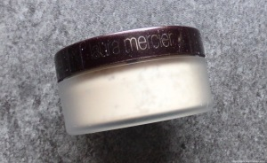 laura-mercier-loose-translucent-powder