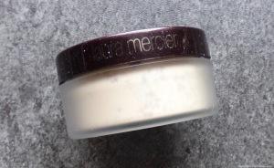 laura-mercier-loose-translucent-powder