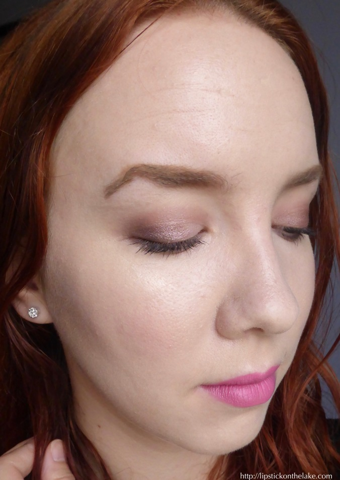 Maybelline-The-Blushed-Nudes-Makeup-Look-2