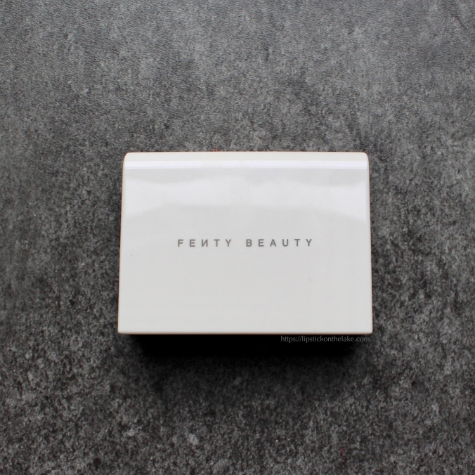 Oily Skin Essentials - Fenty Blotting Powder